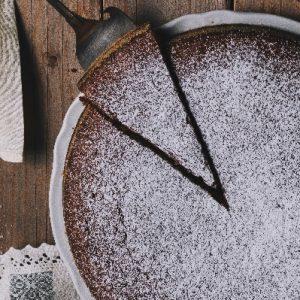 Molten Diners Dessert Menu Seasonal Cake